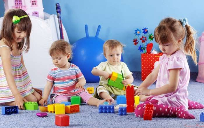 Первые игрушки. какие игрушки нужны новорожденному ребенку