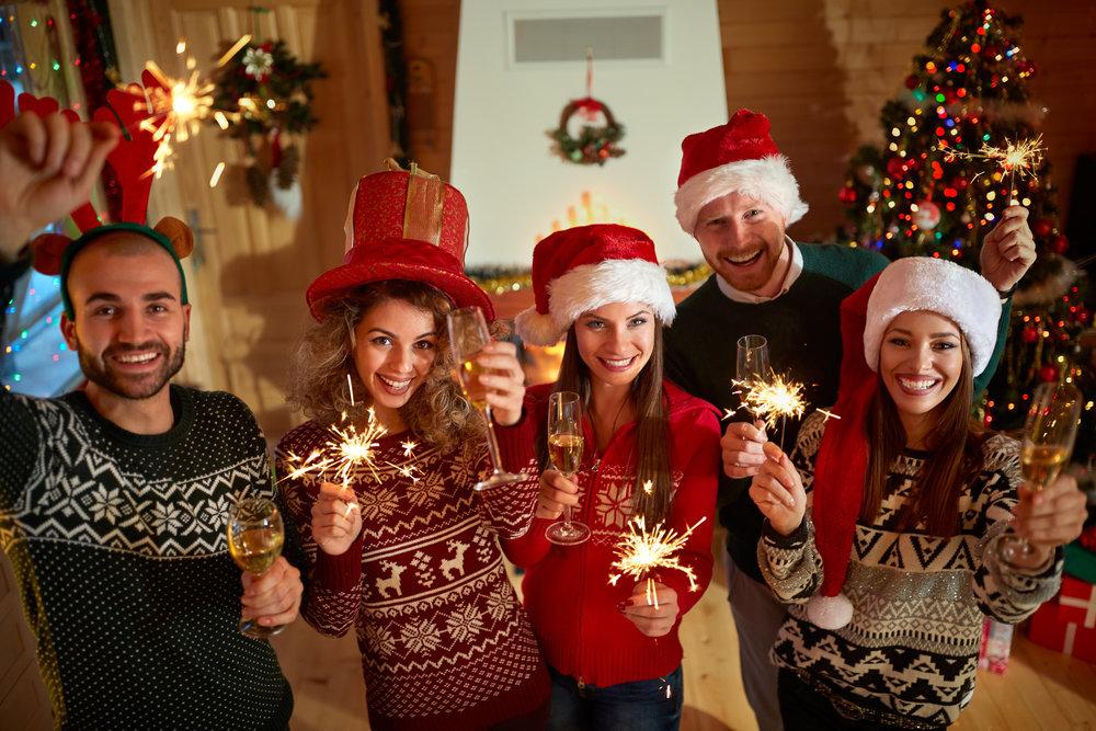 """Сценарий домашней или дружеской вечеринки """"незабываемый новый год: воспоминаний – на год вперед!"""""""