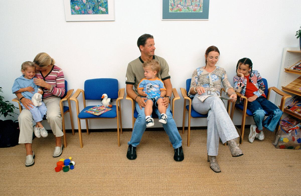 Первый поход в поликлинику с новорождённым: главное что нужно знать
