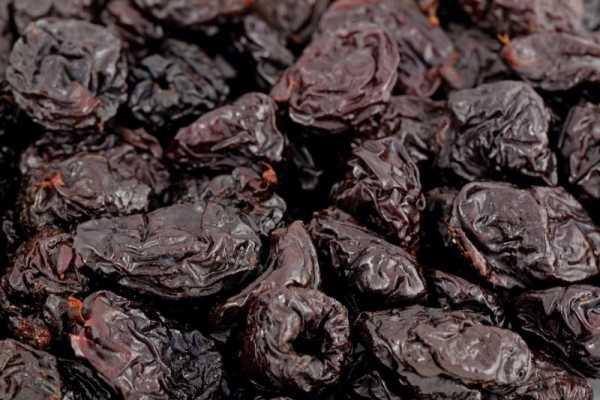 Можно ли кормящей маме чернослив