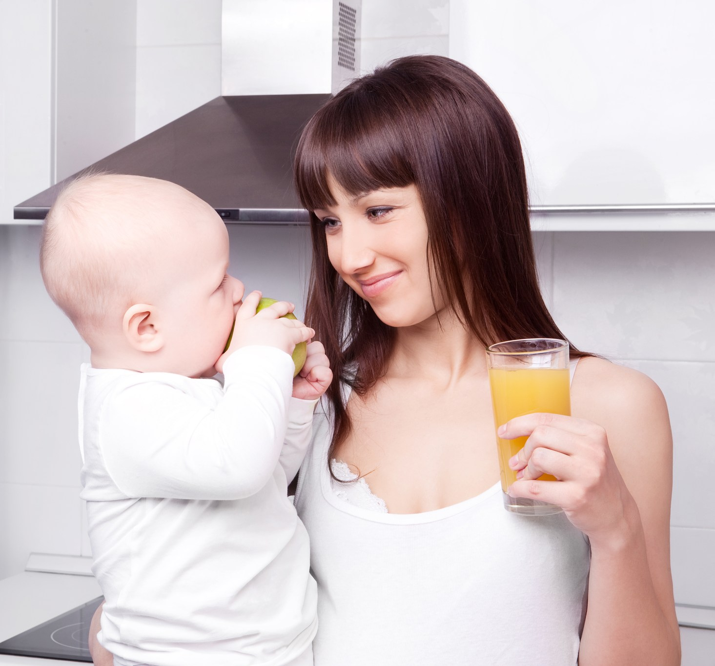 Можно ли чернику кормящей маме? разрешенные продукты при грудном вскармливании.