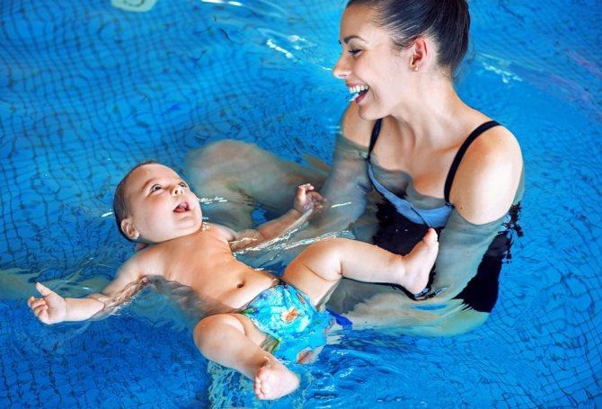 Как купать ребенка в хвойной ванне. ванны для грудничков с экстрактами хвои и морской солью