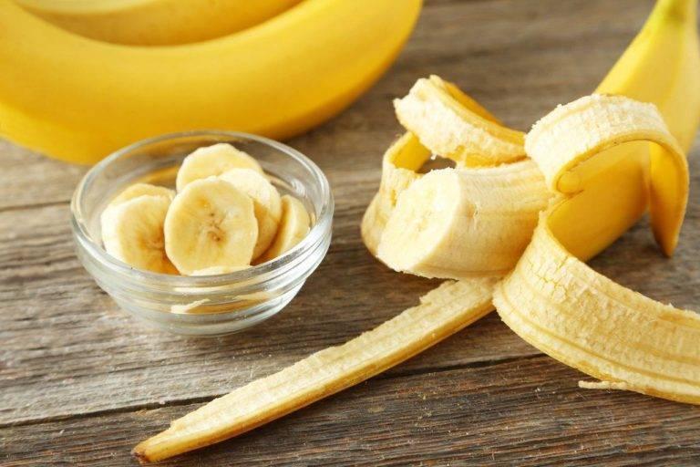 Можно ли при кормлении грудью употреблять бананы