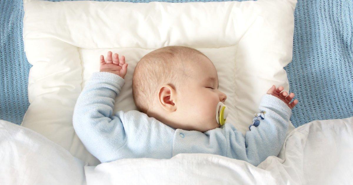 Ребенок спит только на улице | уроки для мам