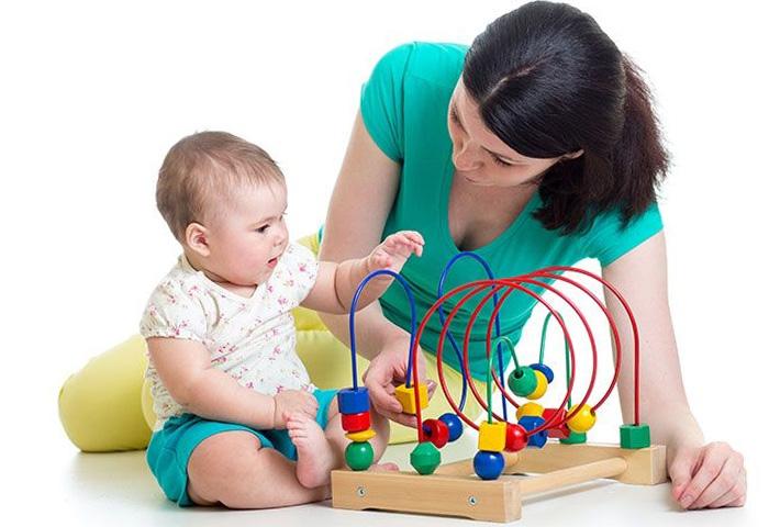 Игрушки для ребенка 4 месяца: какие нужны малышу, как правильно выбрать